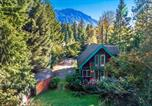 Location vacances Monroe - New! Riverfront Cabin near Hiking and Stevens Pass-4