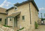 Location vacances South Cerney - Riverside Lodge-1