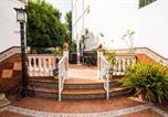 Location vacances Palomares del Río - Apartamentos San Gonzalo-1