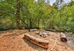 Location vacances Logan - Richmond Cabin-8 Acres with Creek, Fire Pit and Archery-3