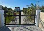 Location vacances Flagler Beach - Castle by the Sea, beach, onsite mini-golf, fishing, Bbq, ping pong-2