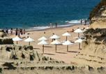 Location vacances Almada - Beach House Costa Da Caparica-1