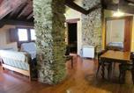 Location vacances Vilallonga de Ter - Can Bonada-2