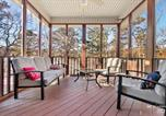 Location vacances Carthage - Bella Vista Family Home with Screened Porch-1