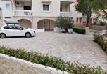 Location vacances Novalja - Apartments Tone & Tonica-1
