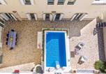 Location vacances Capo d'Orlando - Casa Bastione Villa Sleeps 12 Pool Air Con Wifi-3