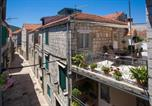 Location vacances Stari Grad - Holiday home Magdalena-3