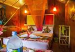 Camping avec WIFI Sri Lanka - Lake Side Tent House-2