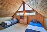 Location vacances Macon - Spacious Lake Sinclair A-Frame with Boat Dock and Slip!-2
