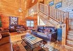 Location vacances Sevierville - Smoky Mountain Retreat, 5 Bedrooms, Hot Tub, Wifi, Pool Table, Sleeps 16-4