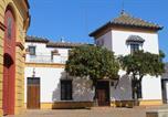Location vacances  Badalone - Apartamento Plaza de Toros-1