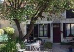 Location vacances  Yonne - 15 Place Voltaire-4