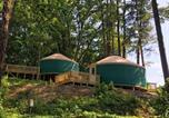 Camping États-Unis - Circle M Camping Resort 16 ft. Yurt 1-3