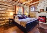 Location vacances Fredericksburg - Katrina's Cabin-2