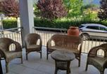 Location vacances  Province de Frosinone - Villa Corte, Beautiful 2 Bed Apartment, Balcony, Parking, Sleeps Max 6-4