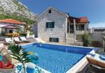 Location vacances Omiš - Three-Bedroom Holiday Home in Gata-4