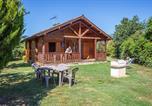 Camping avec WIFI Saint-Salvadou - Les Chalets de Fiolles-1