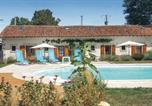 Location vacances Le Vigeant - Two-Bedroom Holiday Home in Asnois-2