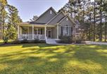 Location vacances Havelock - Oriental House on 1 Acre with Wraparound Porch!-1