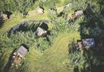 Camping avec Piscine Morannes - Camping Slow Village Loire Vallée-3