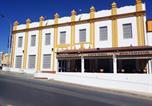 Location vacances Bollullos Par del Condado - Hostal Montemayor-1