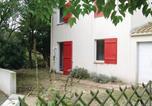 Location vacances Bretignolles-sur-Mer - Holiday Home Maison De La Plage-3