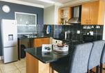 Location vacances Plettenberg Bay - Vivi's Stylish & Comfortable Apartment With Sea Views-4