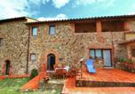 Location vacances Castiglione d'Orcia - Chaming Farmhouse in Tuscany with Swimming Pool-4