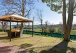 Location vacances Appignano - Apartment with 3 bedrooms in Filottrano with enclosed garden and Wifi 30 km from the beach-1