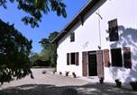 Location vacances  Landes - Gîte Saint-Sever, 4 pièces, 6 personnes - Fr-1-360-240-4