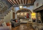 Location vacances  Province d'Arezzo - Casa di Vignolo-4