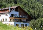 Hôtel Imst - Ferienhof Haderlehn-1