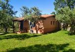 Location vacances La Garganta - Semana Santa En &quote;Complejo Vetonia&quote; apartamentos y chalets con jardín Hervás-1