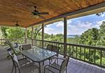 Location vacances Branson - Grand Home with Indoor Pool & Basketball Court & View-1