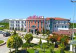 Villages vacances Tirana - Gardenland Resort-1