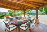 Location vacances Tàrbena - Alcalali Villa Sleeps 8 with Pool and Air Con-2