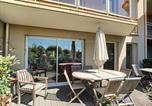 Location vacances Granville - Apartment Appartement rdc en centre ville avec parking et terrasse-1