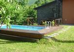 Location vacances  Province de Pistoia - Cozy Holiday Home in Cutigliano with Swimming Pool-1