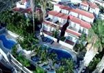 Hôtel Santa Cruz De La Palma - Apartamentos colon y bungalows-1