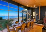 Location vacances Hampden - Cloud 9 Retreat - Karitane - Absolute Beachfront Holiday Home-4