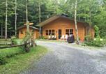 Location vacances Victoriaville - Chalet en bois rond-1