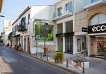 Location vacances  Chypre - Brand New Town Apartment Superhost Services-4