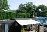 Camping avec Piscine couverte / chauffée Joyeuse - Domaine des Chênes-4