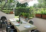 Location vacances  Province de Massa-Carrara - Locazione Turistica Mia - Cto468-2