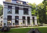 Hôtel Ir. D.F. Woudagemaal (station de pompage à la vapeur de D.F. Wouda) - Bed & Breakfast Rijsterbosch-1