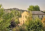 Location vacances Monte San Vito - Casali Marchigiani - Ville vacanza private con piscina-1