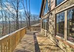 Location vacances Harrisonburg - Cabin with Mtn View, 4 Mi to Massanutten Resort-1