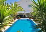 Location vacances Sant Sadurní d'Anoia - Villa Rosa Sitges-1