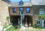 Location vacances  Aveyron - Charmant gîte à la campagne-1