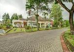 Hôtel Pacet - Oyo 90080 Villa Lotus E06 Syariah-3